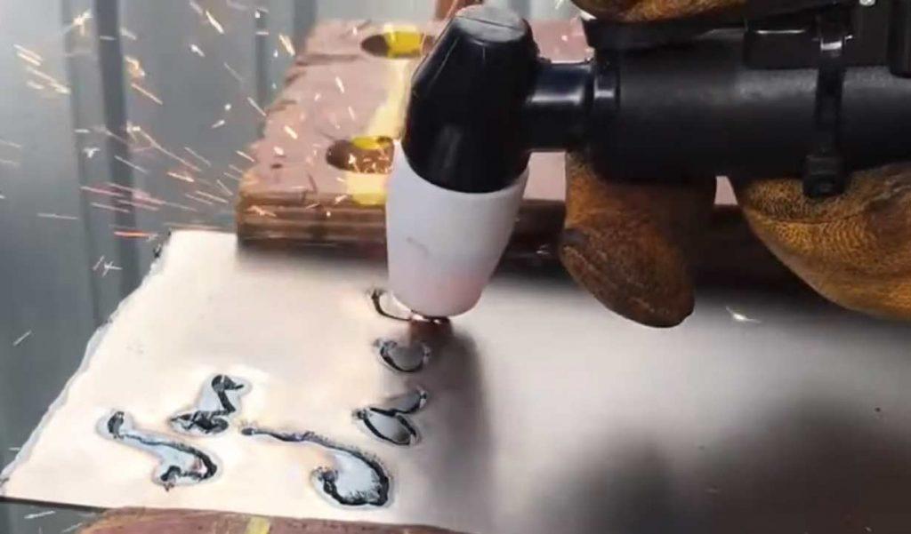 plasma cutting setup
