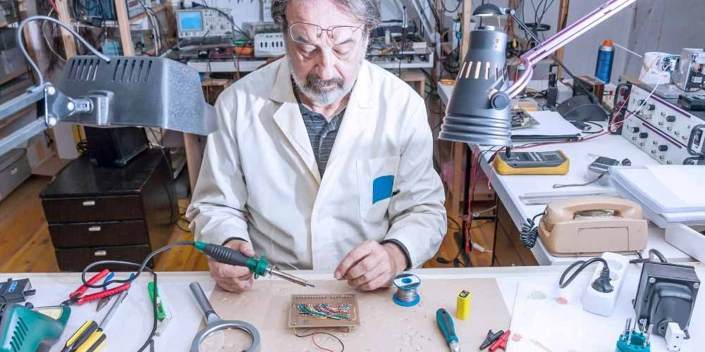 What is soldering iron?